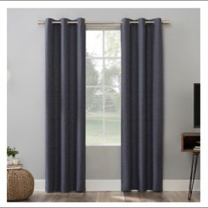 Sun Zero Curtains 🔛 Accents - Sun zero curtains… Black with silver eyeholes